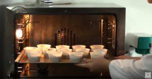 Капкейки шоколадные с шапочками из кремчиза - Простой и вкусный рецепт в домашних условиях