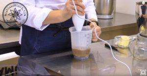 Шоколадный соус (шаг 3)