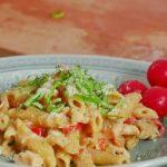 Вкусная домашняя паста Пенне с курицей-рецепт приготовления, как просто и быстро накормить семью.
